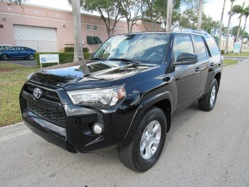 2015 Toyota 4Runner Very clean in and out Black Black 134701 miles Stock 093203 VIN JTEZU5JR