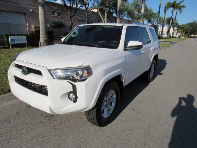2015 Toyota 4Runner Beautiful vehicle very clean in and out engine running perfectly White Gray