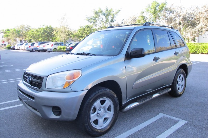 2005 Toyota RAV4 4dr Auto Natl Very clean in and out Green Gray 127292 miles Stock 047424