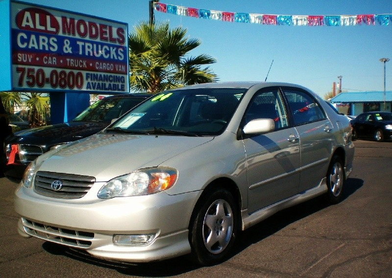 2004 Toyota Corolla 4dr Sdn S Auto STOP LOOKING  YOU FOUND YOUR CAR  The AC on this vehi