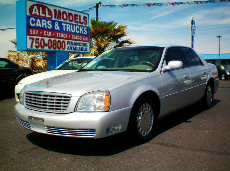 2003 Cadillac DeVille 4dr Sdn STOP LOOKING  YOU FOUND YOUR CADILLAC     Amazing car It look
