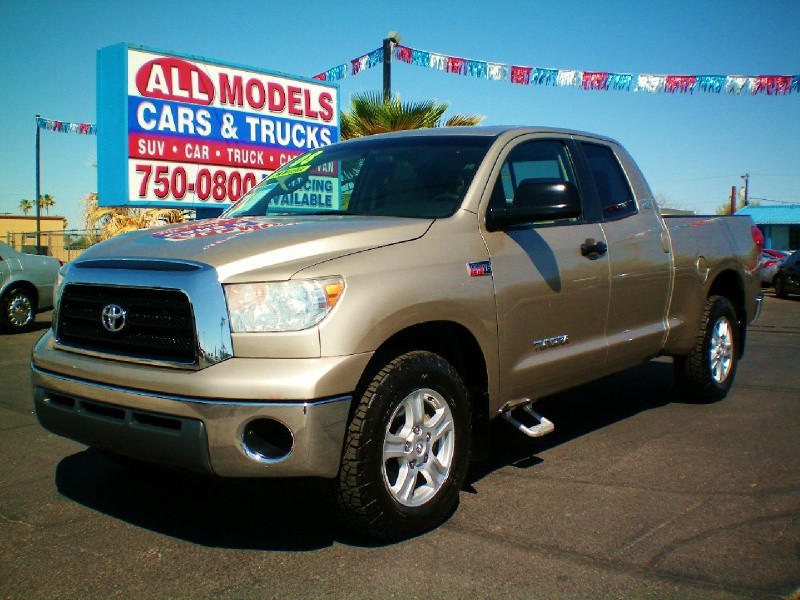 2008 Toyota Tundra 2WD Truck Dbl 57L V8 6-Spd AT SR5 STOP LOOKING  YOU FOUND YOUR TRUCK