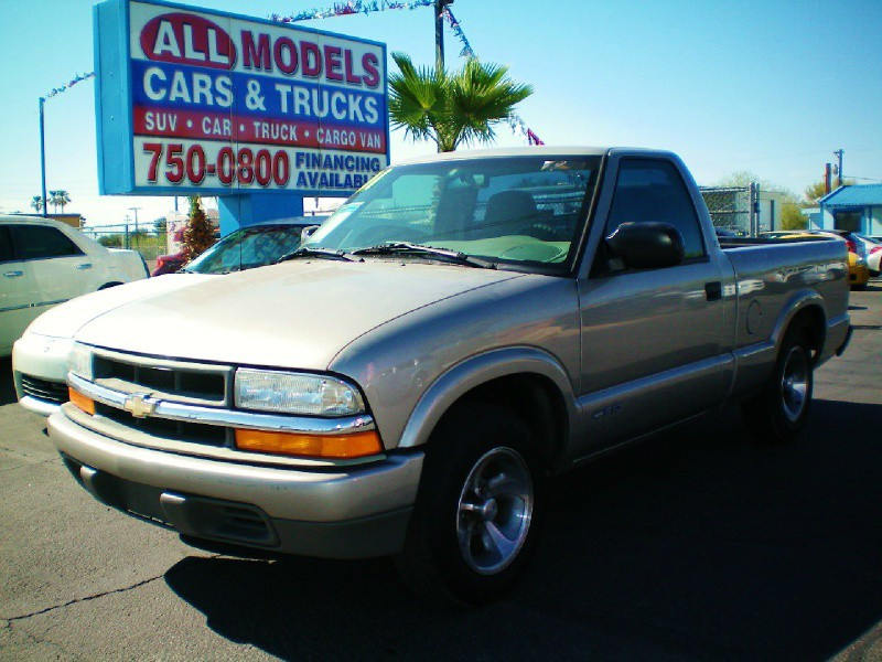 2000 Chevrolet S-10 Reg Cab 108   STOP LOOKING  HERE IS THE TRUCK EVERY ONE LOOKING FOR
