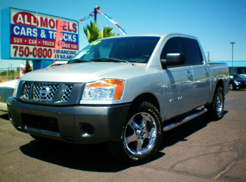 2008 Nissan Titan 2WD Crew Cab SWB XE YOU FOUND YOUR TRUCK  Amazing Truck  The AC on thi
