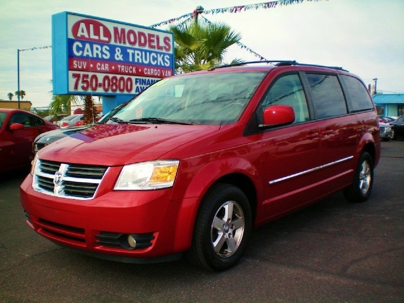 2008 Dodge Grand Caravan 4dr Wgn SXT Stunning and GorgeousThe only way to describe this car
