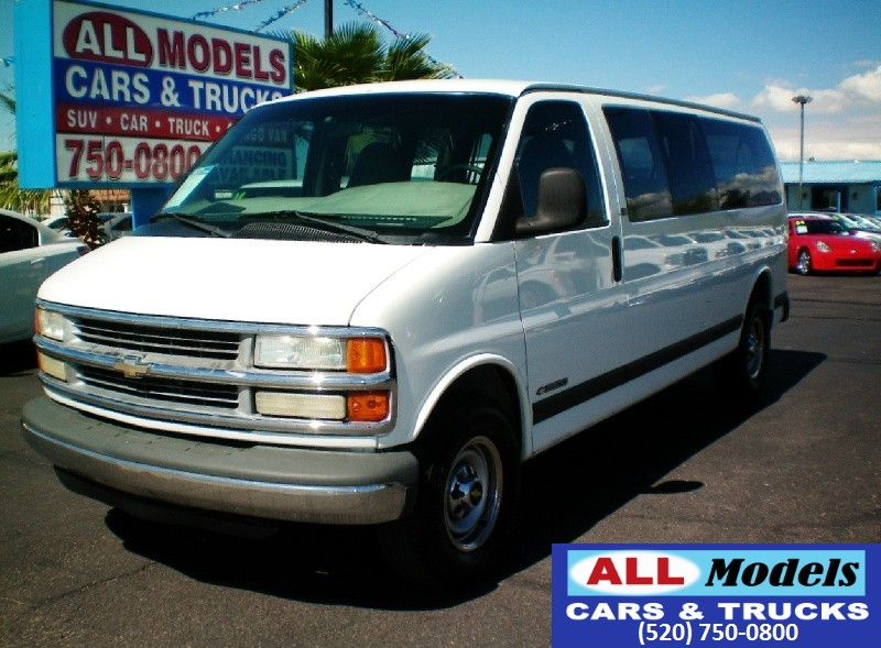 2000 Chevrolet Express Van 3500 155 WB 2000 Chevrolet Express 3500 Passenger Van Stock Number 17