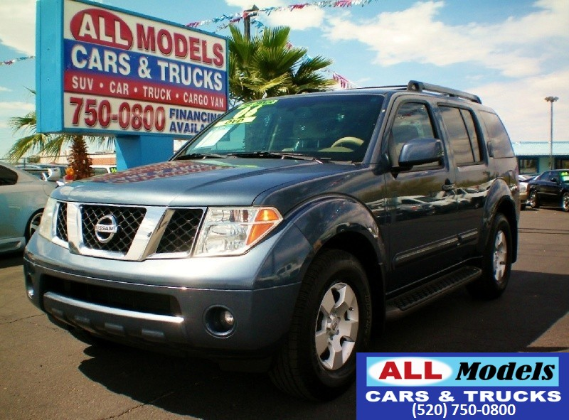 2006 Nissan Pathfinder LE 2WD This One Owner 2006 Nissan Pathfinder LE is Super Cleane and it drive