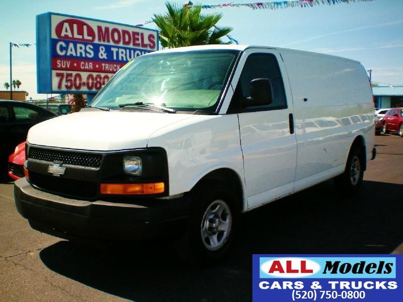 2008 Chevrolet Express Cargo Van RWD 1500 135  2008 Chevrolet Express 1500 Cargo Van 3D  VIN
