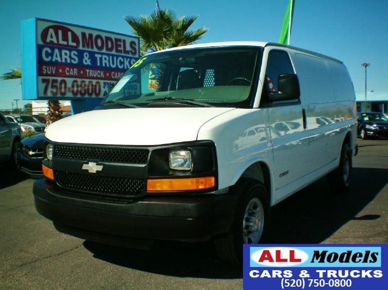 2005 Chevrolet Express Cargo Van 3500 135   2005 Chevrolet Express 3500 Cargo Van 3D  VIN