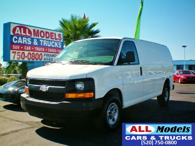 2009 Chevrolet Express Cargo Van RWD 2500 135 2009 Chevrolet Express 2500 Cargo Van 3D VIN 1GCG
