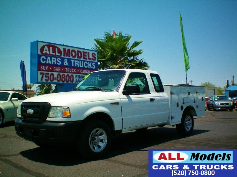 2006 Ford Ranger 2dr Supercab 126 2006 Ford Ranger Super Cab XL Pickup Lightweight Utility Box VIN