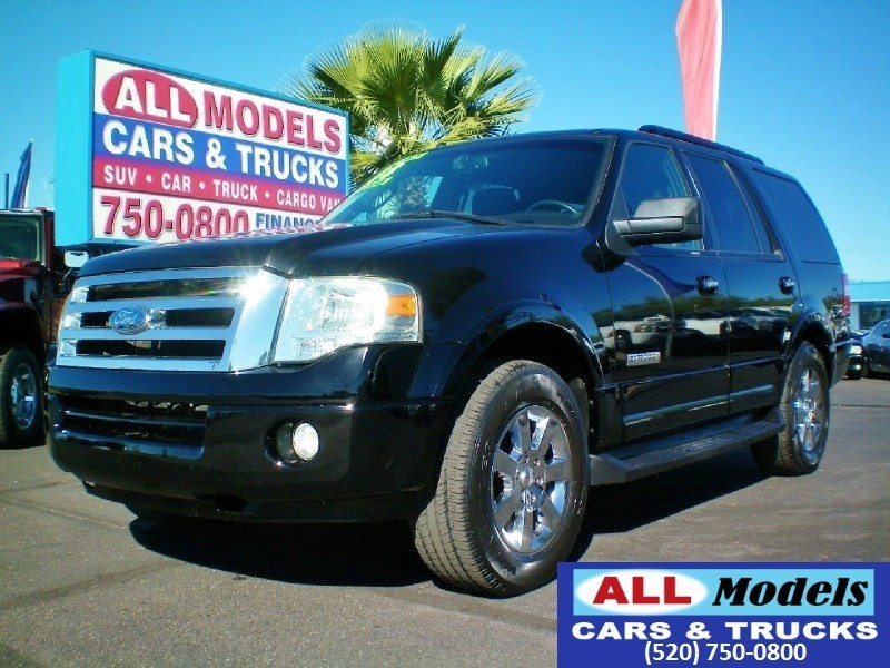 2008 Ford Expedition 2WD 4dr XLT  2008 Ford Expedition XLT Sport Utility 4D  VIN 1FMFU15508LA