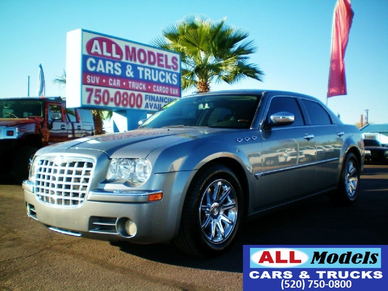 2006 Chrysler 300 4dr Sdn 300C  2006 Chrysler 300C Sedan 4D  VIN 2C3KA63H06H527782 Ext Color