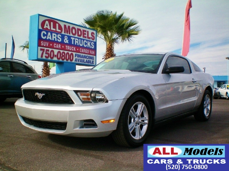 2011 Ford Mustang 2dr Cpe V6   2011 Ford Mustang Coupe 2D   VIN 1ZVBP8AM3B5110905 Ext Co
