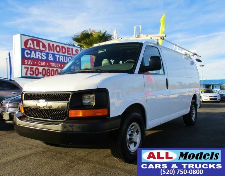 2007 Chevrolet Express Cargo Van RWD 2500 135 2007 Chevrolet Express 2500 Cargo Van 3D   Whi