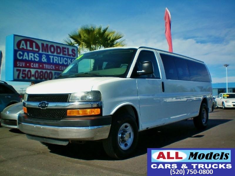2013 Chevrolet Express Passenger RWD 3500 155 LS w1LS   2013 Chevrolet Express 3500 LS Exte