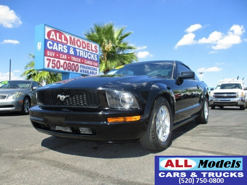 2007 Ford Mustang 2dr Cpe Deluxe   2007 Ford Mustang Deluxe Coupe 2D     VIN 1ZVFT80N