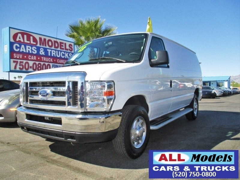 2013 Ford Econoline Cargo Van E250 LOOKING FOR A HEAVY DUTY E-250 COMMERCIAL WORK VAN LOW MIL
