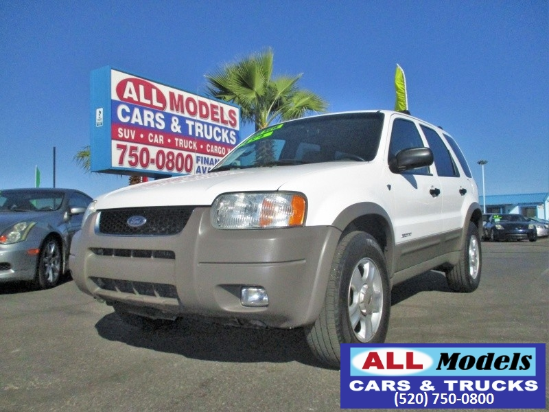 2002 Ford Escape 4dr 103 WB XLT 4WD Sport Fresh Trade Extremely Clean Fully Loaded Leather Sunroof