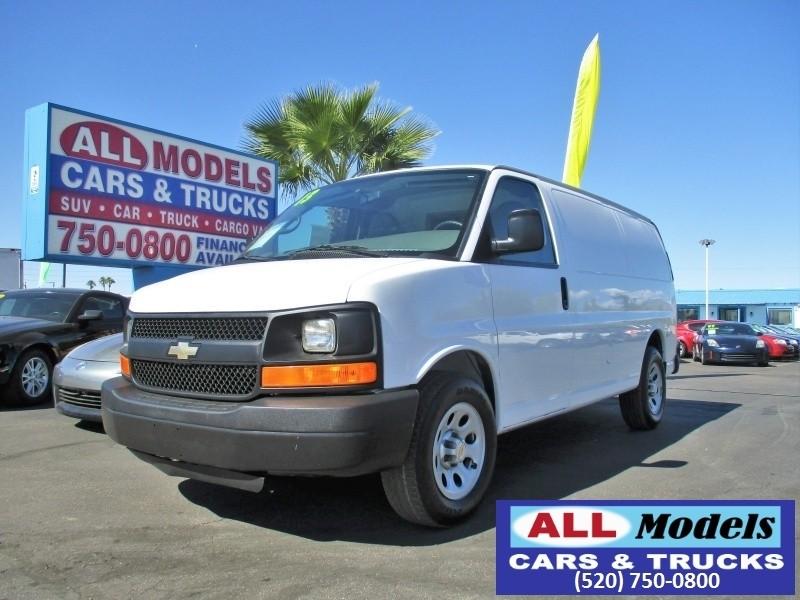 2013 Chevrolet Express Cargo Van RWD 1500 135   2013 Chevrolet Express 1500 Cargo Van 3D