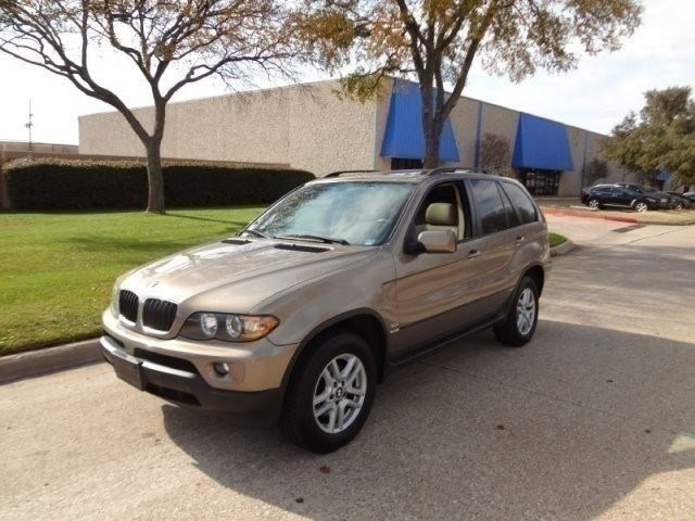 2006 BMW X5 30i PRICED BELOW MARKET THIS X5 WILL SELL FAST -Low Miles- This 2006 BMW X5 X5 4dr