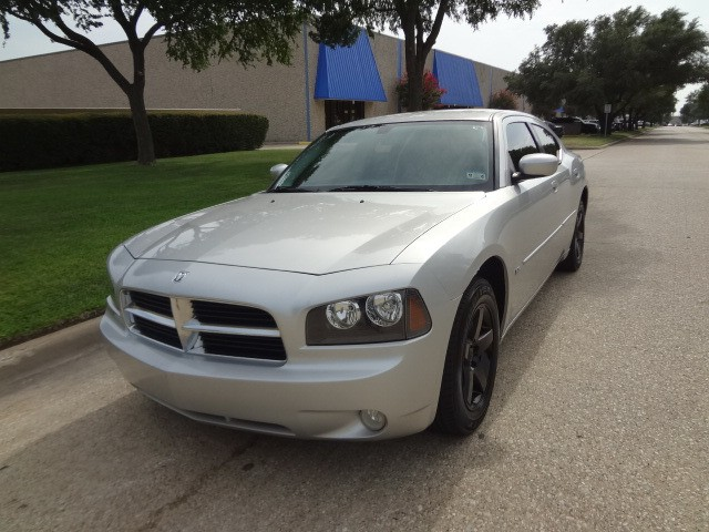 2010 Dodge Charger SXT PRICED BELOW MARKET THIS Charger WILL SELL FAST This 2010 Dodge Charger 4
