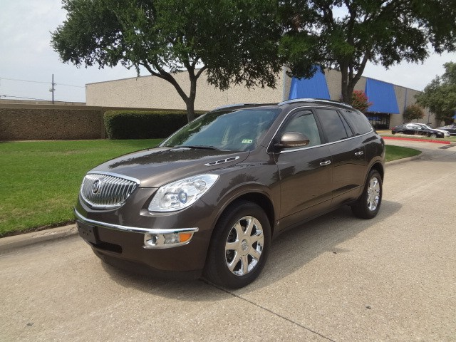 2008 Buick Enclave CXL PRICED BELOW MARKET THIS Enclave WILL SELL FAST This 2008 Buick Enclave A