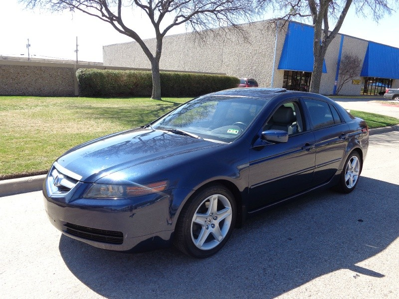 2004 Acura TL 4dr Sdn 32L Auto wNavigation PRICED BELOW MARKET THIS TL WILL SELL FAST This 200