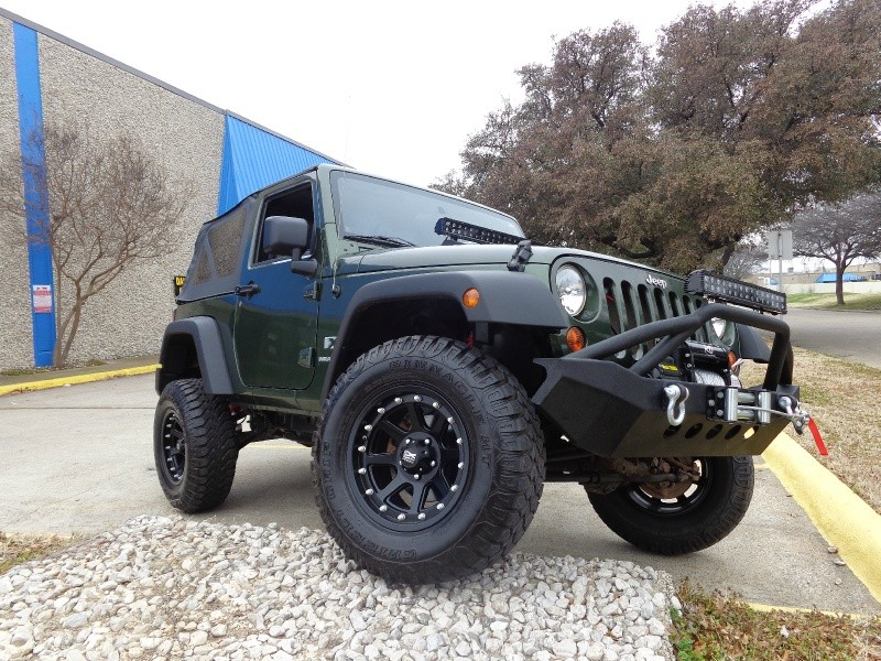2009 Jeep Wrangler X NEW ARRIVAL THIS Wrangler WILL SELL FAST Our pricing is very competitive