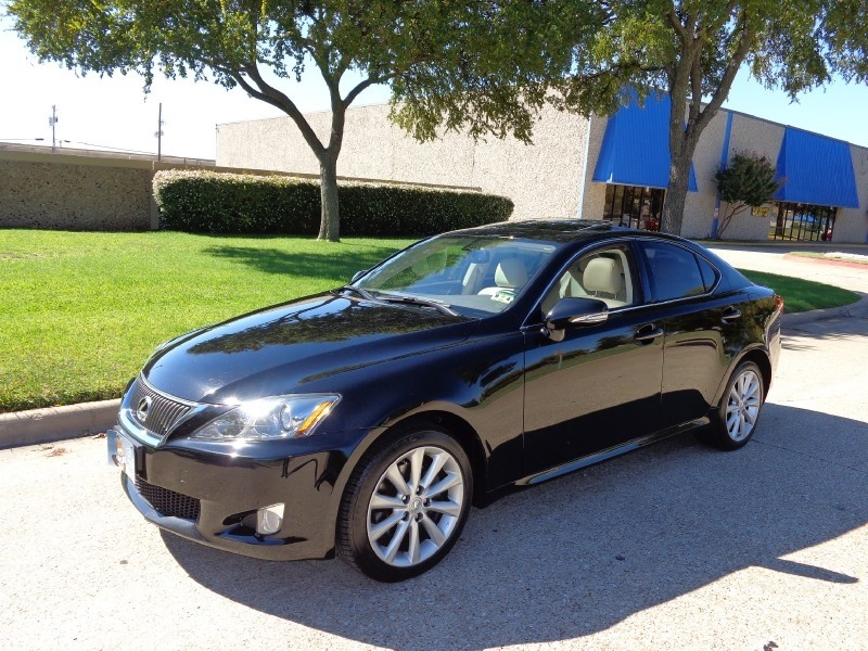 2010 Lexus IS 250 4dr Sdn Auto AWD -CARFAX ONE OWNER- PRICED BELOW MARKET THIS IS 250 WILL SELL