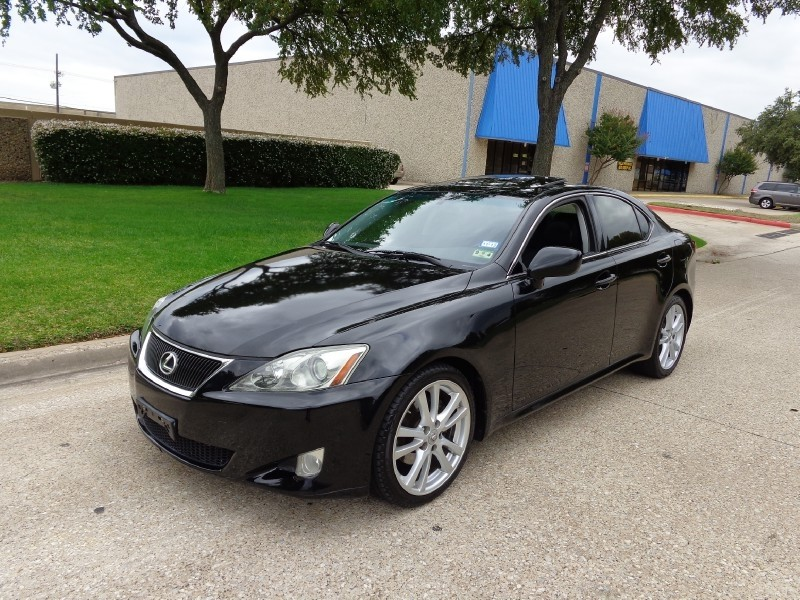 2007 Lexus IS 250 4dr Sport Sdn Auto RWD PRICED BELOW MARKET THIS IS 250 WILL SELL FAST This 2