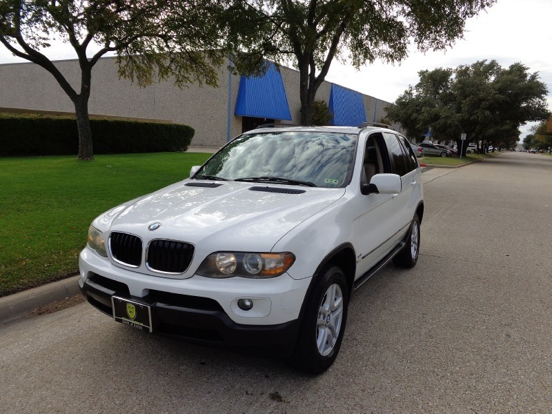 2006 BMW X5 30i NEW ARRIVAL PRICED BELOW MARKET THIS X5 WILL SELL FAST This 2006 BMW X5 X5 4dr