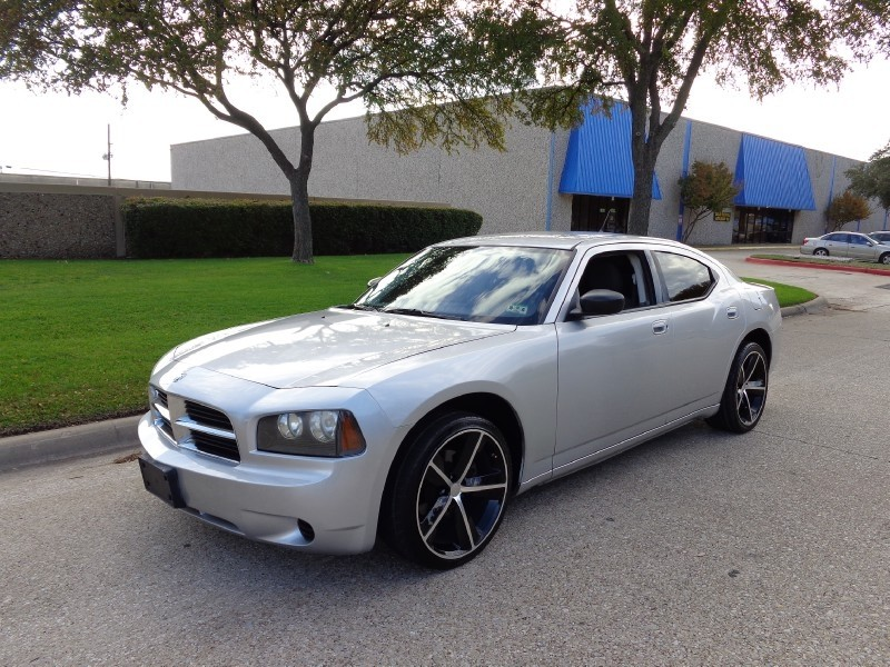 2008 Dodge Charger 4dr Sdn RWD NEW ARRIVAL PRICED BELOW MARKET THIS Charger WILL SELL FAST This
