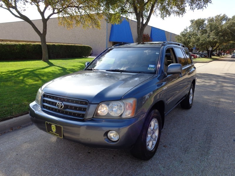 2002 Toyota Highlander NEW ARRIVAL PRICED BELOW MARKET THIS Highlander WILL SELL FAST This 2002