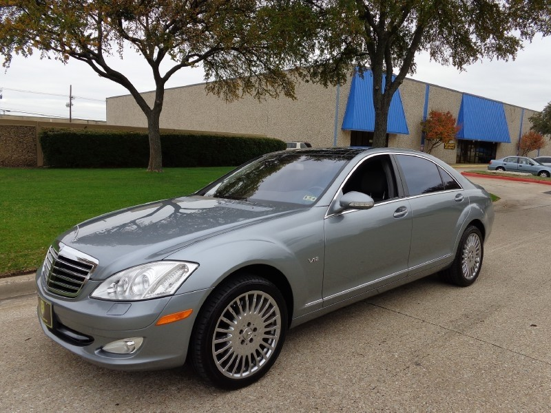 2007 Mercedes S-Class 55L V12 NEW ARRIVAL PRICED BELOW MARKET THIS S-Class WILL SELL FAST -Low