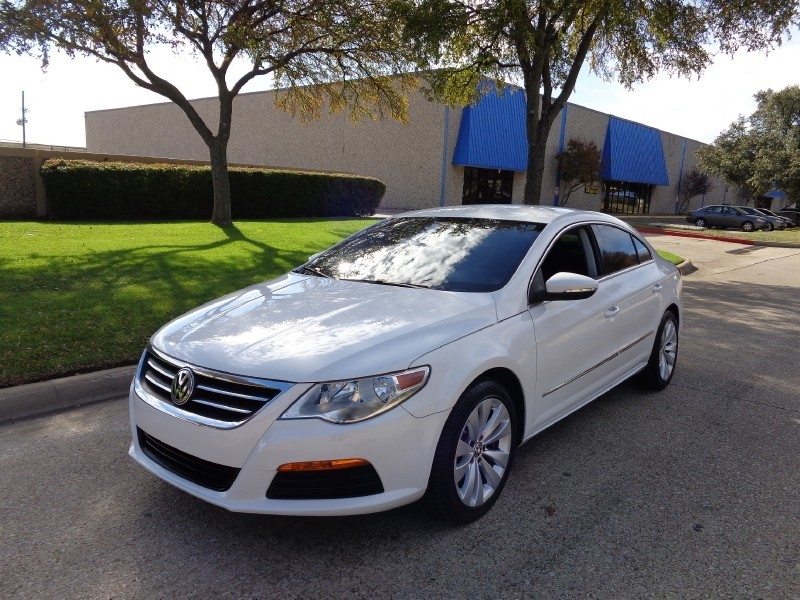 2011 Volkswagen CC 4dr DSG Sportline NEW ARRIVAL PRICED BELOW MARKET THIS CC WILL SELL FAST Thi