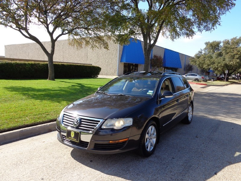 2007 Volkswagen Passat Wagon 20T DALLAS PREOWNED AUTO GROUP OFFERS WARRANTY ON EVERY VEHICLE WE