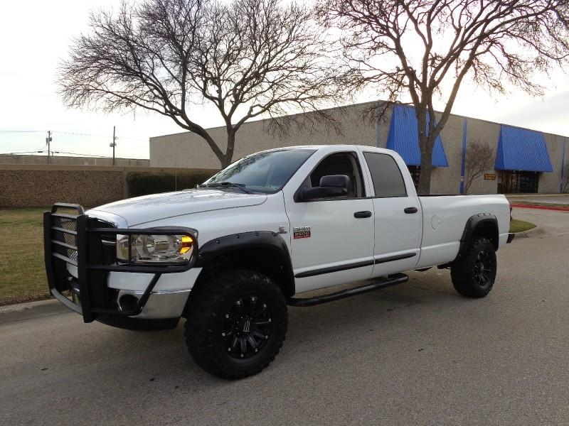 2007 Dodge Ram 2500 WWWDALLASPREOWNEDCOM White Gray 138254 miles Stock 536188 VIN 1D7KS28