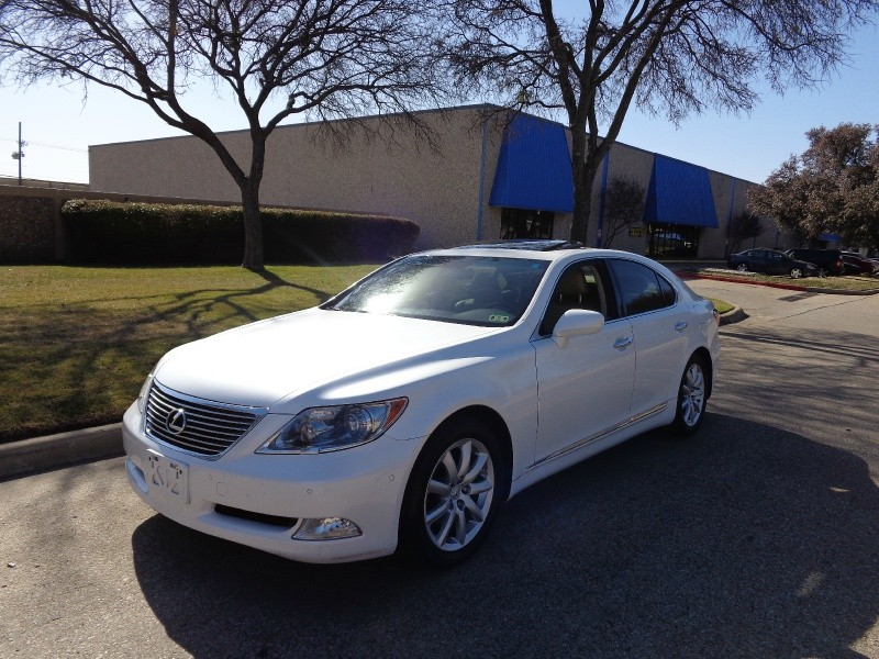 2007 Lexus LS 460 4dr Sdn 2007 LEXUS LS460 PEARL WHITE ON TAN INTERIOR 1 OWNER CARFAX AND AUTO