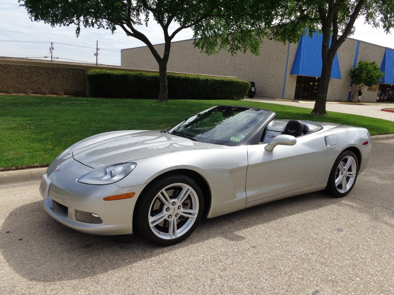 2008 Chevrolet Corvette 2dr Conv 2008 Chevrolet Corvette Convertible 35K Navigation Heads up dis