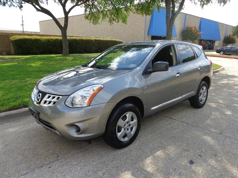 2011 Nissan Rogue WWWDALLASPREOWNEDCOM Gray Black 65916 miles Stock 165625 VIN JN8AS5MT1BW1