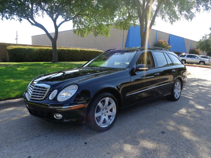 2007 Mercedes E-Class 4dr Wgn 35L 4MATIC WWWDALLASPREOWNEDCOM Black Brown 70921 miles Stock