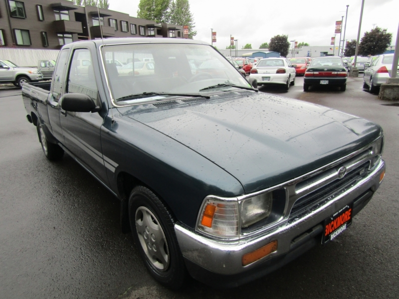 1994 toyota xtra cab dx pickup cars - gresham, or at geebo