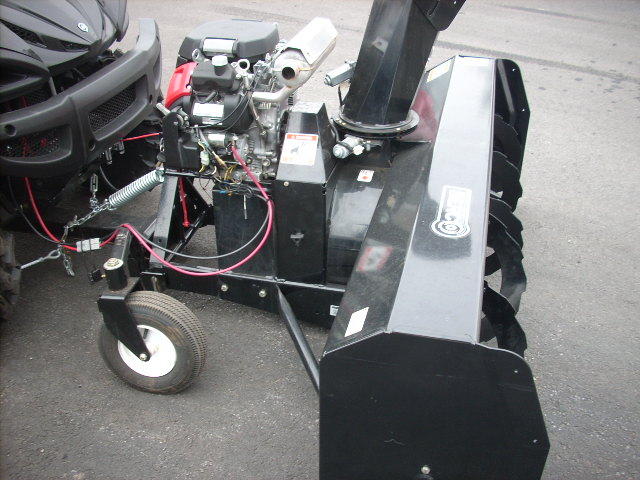 Berco Snowblower in Action