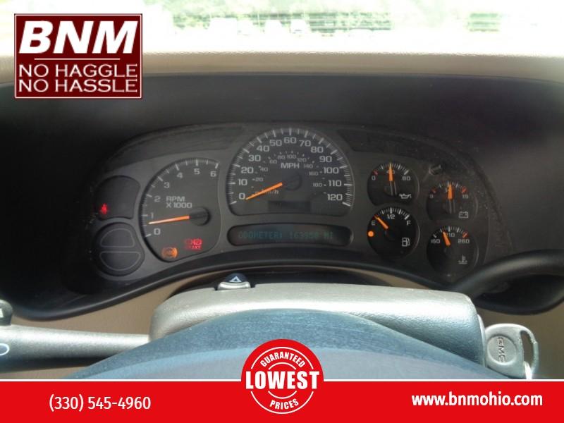 GMC Yukon XL 2004 price $4,990