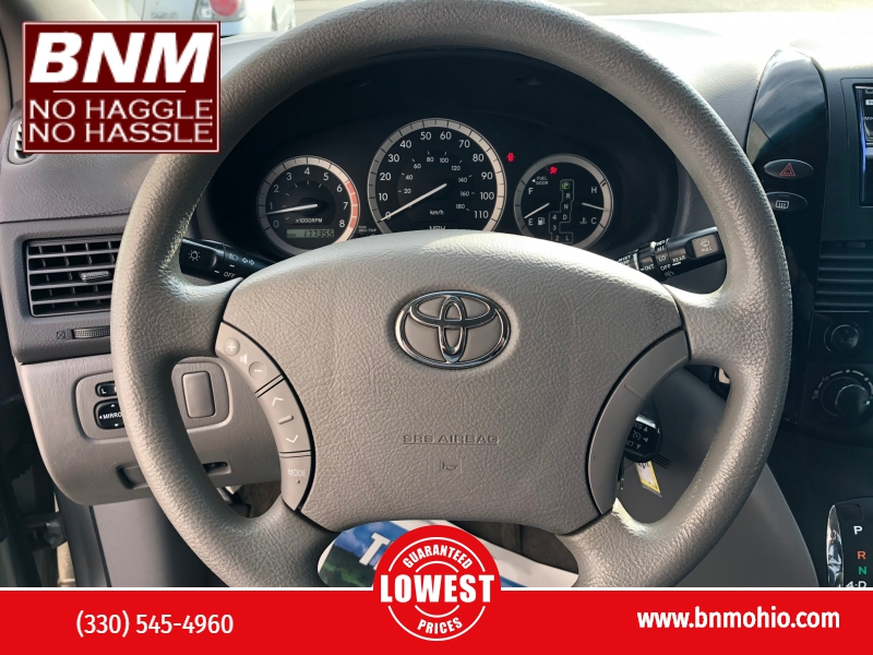 Toyota Sienna 2005 price $3,900