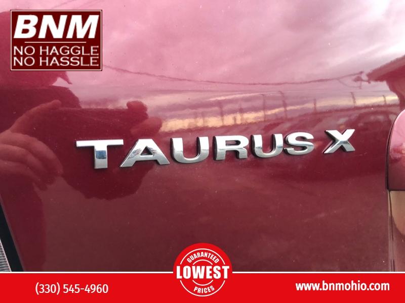 Ford Taurus X 2008 price $5,200