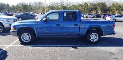 2004 Dodge Dakota 4DR SLT