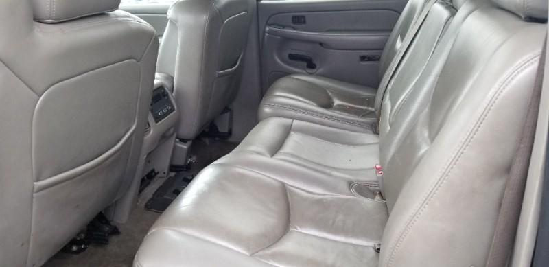 Chevrolet AVALANCHE 4DR PICKUP Z66 2005 price $4,000