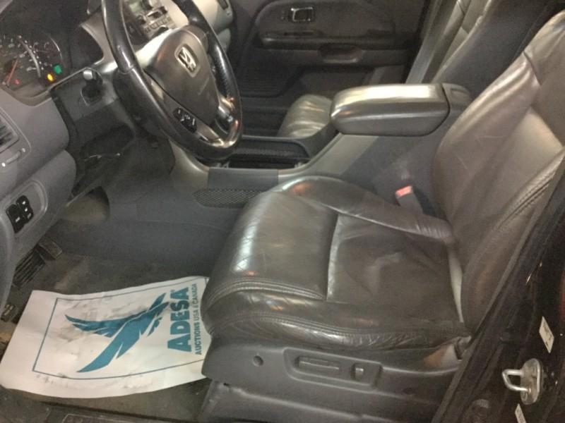 Honda PILOT W/ 3RD ROW SEAT 2003 price $5,000